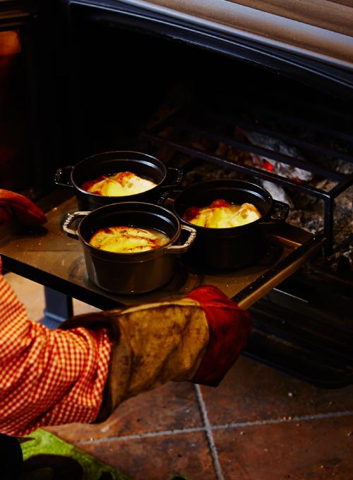 薪ストーブで作る自慢の手料理