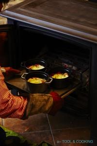 薪ストーブで作るオニオングラタンスープ