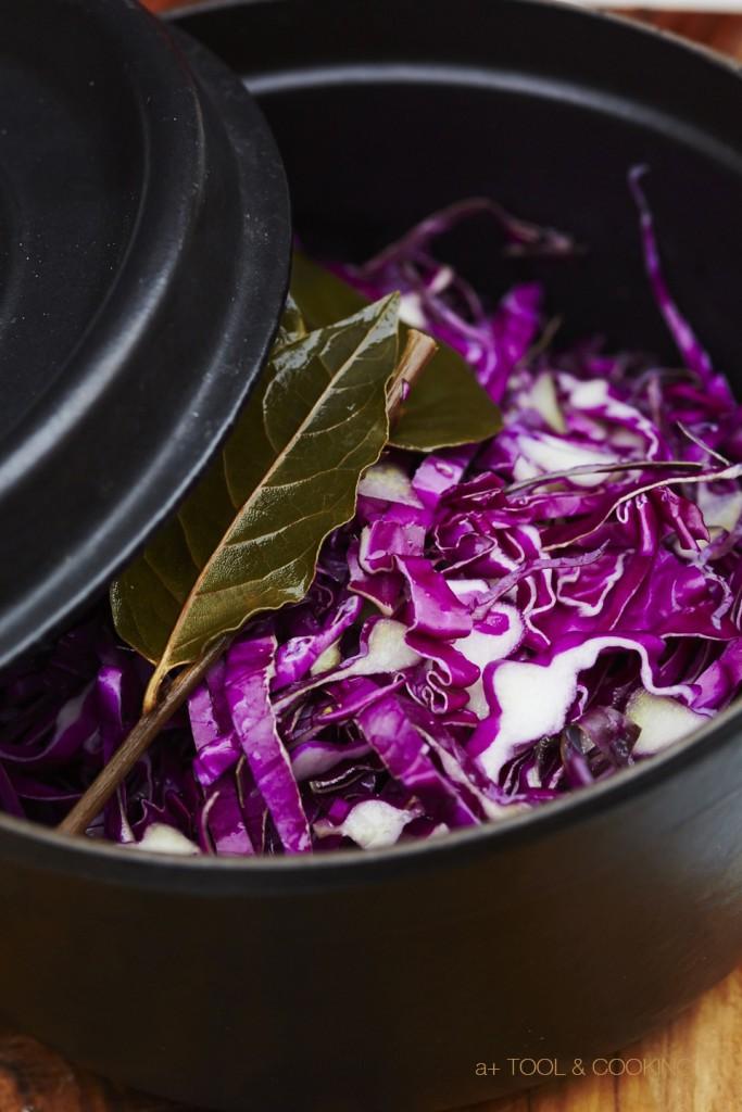 紫キャベツの赤ワインビネガー蒸し